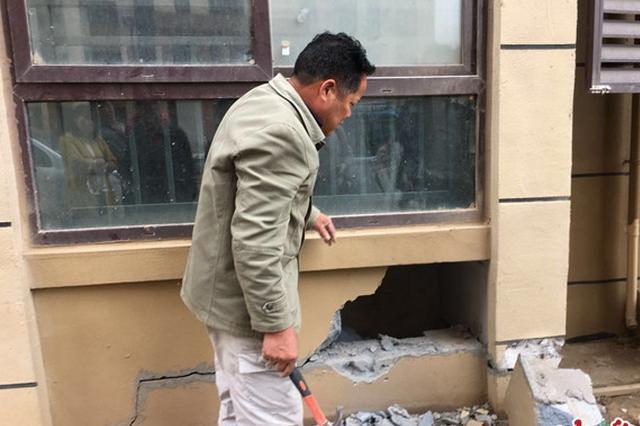 郑州经开区一安置房墙体裂缝 开发商自证不是承重墙