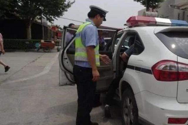 漯河:大巴乘客突发疾病 救助成功交接仅用25分钟