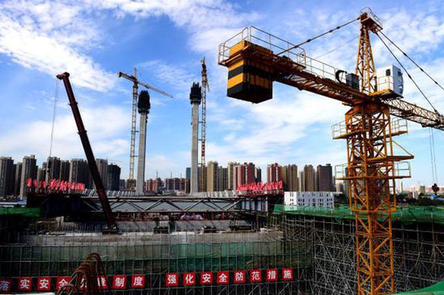 组图:郑州郑北大桥钢梁顶推成功