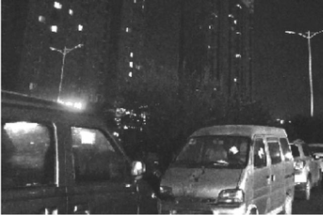 郑州超60条道路路灯常年不亮 有路段6年未点亮路灯