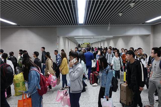 中秋假期郑州这12个地铁站客流量大 请尽量避峰出行