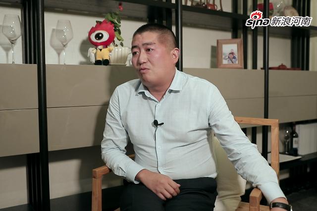 新浪河南专访雅文集团董事长赵雅超
