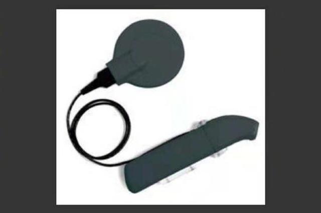 全城寻找黑色耳蜗 郑州三岁男童人工耳蜗丢失