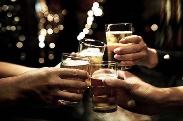 许昌7人喝酒 1人醉酒昏迷高位截瘫 其余6人赔20多万