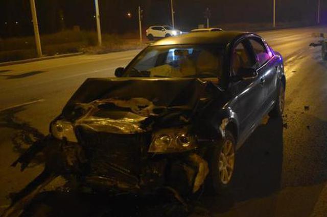 郑州男子醉驾狂奔数十里酿事故 车辆追尾只因看手机