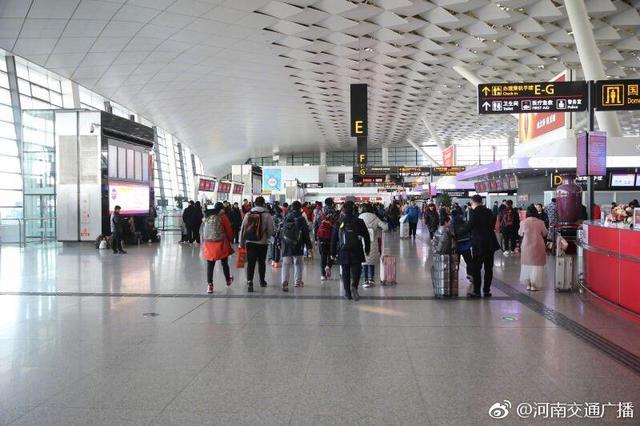 郑州机场单日客流首次突破9万人次 再创历史新高