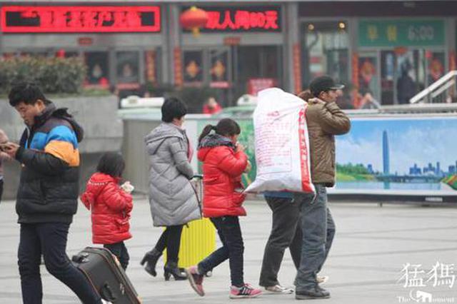 春运郑州火车站儿童走失比平时涨五成 注意这些事项
