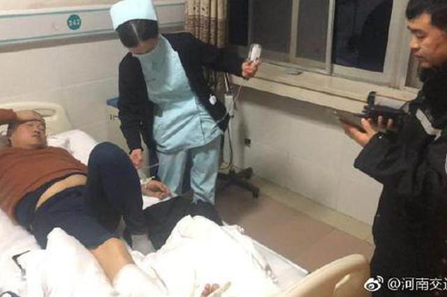 郑州一疯狂货车闯禁行拒绝停车 撞倒辅警导致受伤
