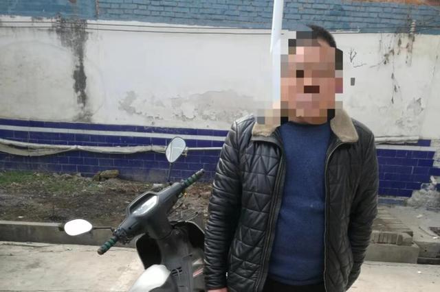 驻马店一村民无证骑驶未上牌摩托车上路被拘留