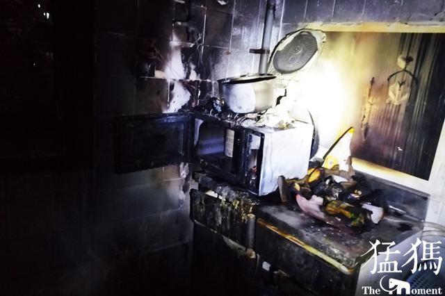 """郑州95后女子烧上水外出买菜 整个厨房""""糊了"""""""