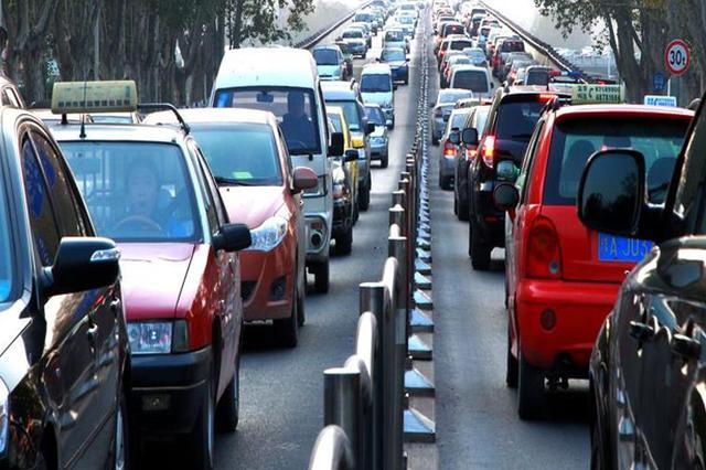 河南交警推10项便民措施 多种方式处理交通违法业务