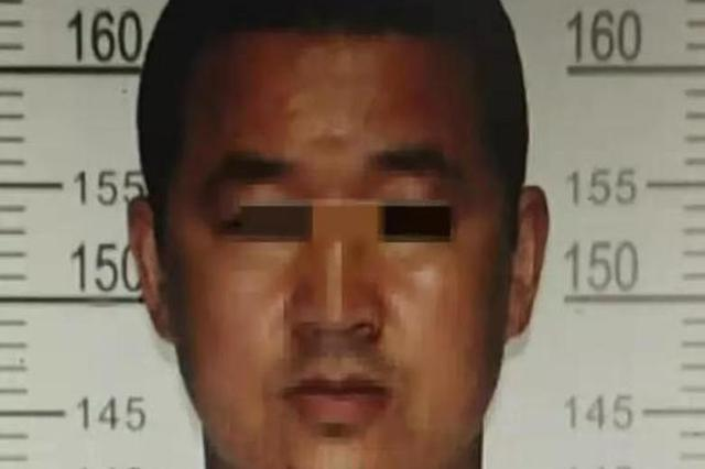 超载拒检 禹州一疯狂司机驾车撞向民警和警车