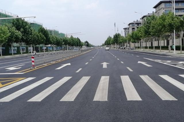 郑州交警合理优化交通组织管理 提高道路通行效率