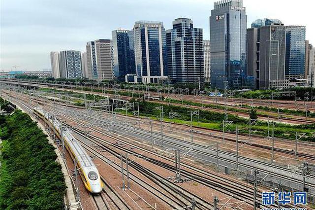 组图:郑万铁路河南段开始联调联试