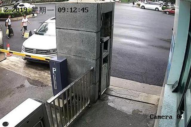男子醉駕從登封到鄭州 進交警隊大門時被查獲