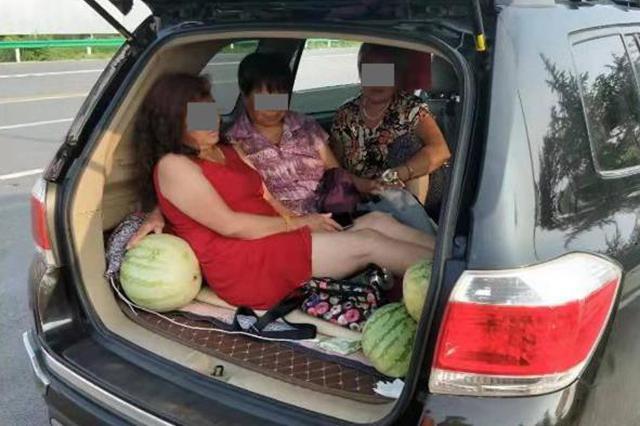 """河南高速交警曝光""""六类危险超员车"""" 看看都有哪些?"""