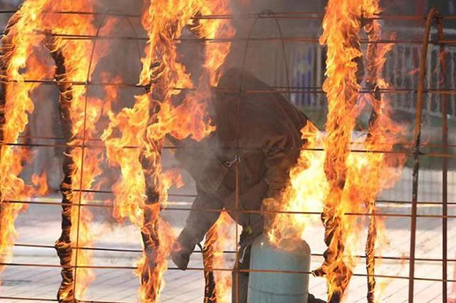 郑州发文:消防员可享受优先购票、就医、通行政策