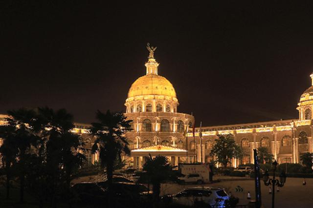 灯的海洋 光的世界 270栋楼体景观装扮郑州二七