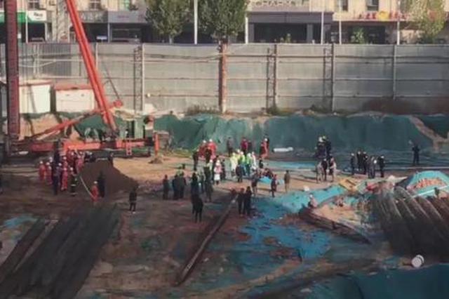 最新!被埋的3名工人全部救出 但遗憾的是均抢救无效死亡