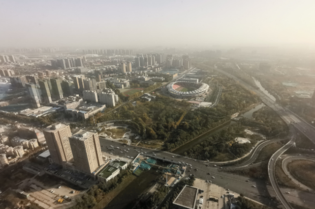 路灯全亮、隔离桩拆除……郑州精细化管理提出新目标
