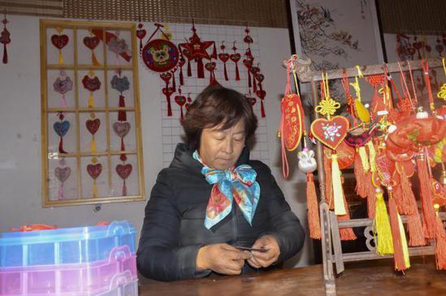 巾帼托起留守妇女的脱贫致富梦——记南阳社旗杜慧敏的文化周庄女子工坊
