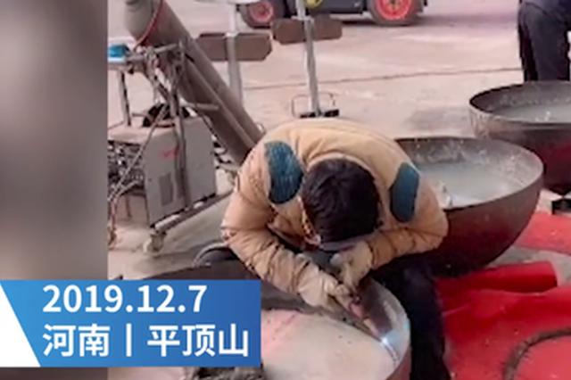 """""""大唐不倒翁""""走红 平顶山一道具制作厂生意火爆"""