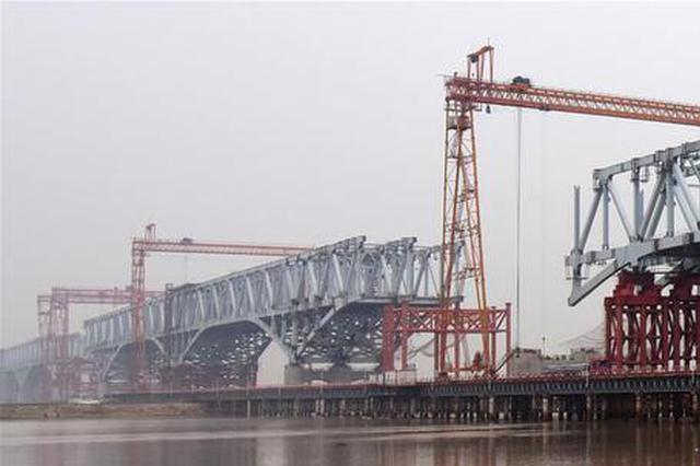 郑济高铁郑州黄河特大桥加紧建设