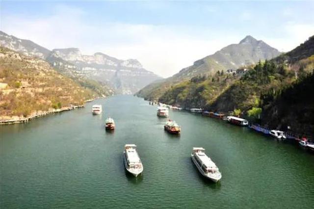 清明假期 河南多景区单日游客破万 自驾游、乡村游受热捧