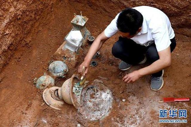洛阳发掘一处西汉家族墓 墓主身份成谜(图)