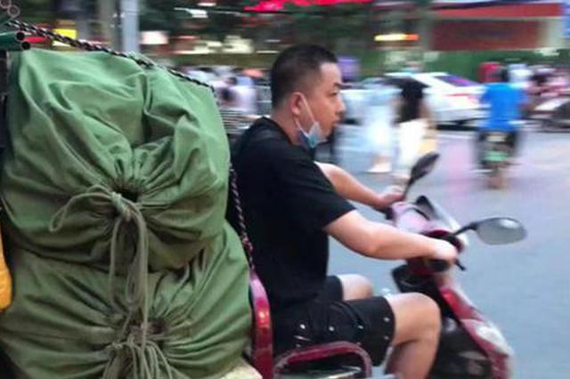 地摊摆在人行道 单双号出摊 郑州健康路夜市回归