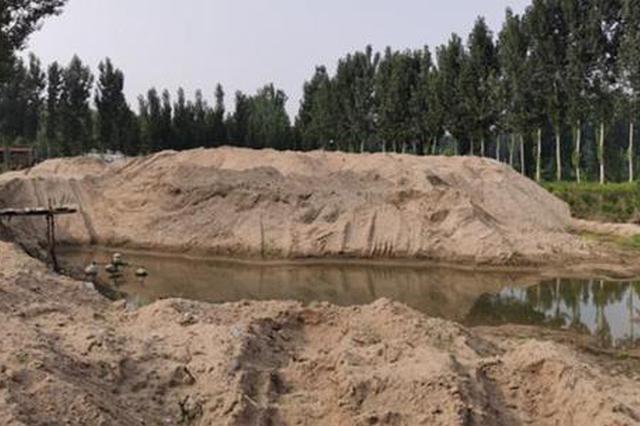 开封一村庄挖土盗卖情况严重 村民称规划的省道路基也被偷挖盗