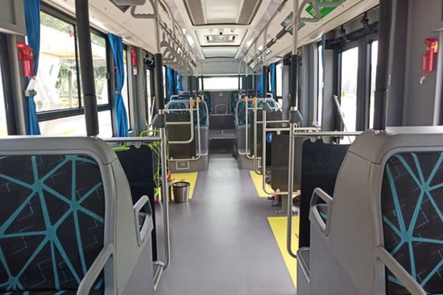 国内首条!郑州自动驾驶商用智能公交线路开通运营