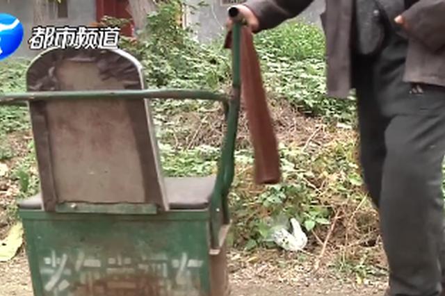 长葛老汉垫资修路 村委会欠薪10年20多万