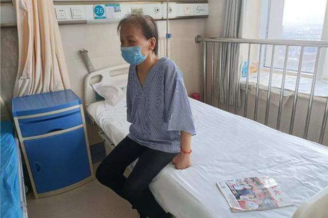 鹤壁高中女孩执意休学照顾病重母亲:妈妈只有一个