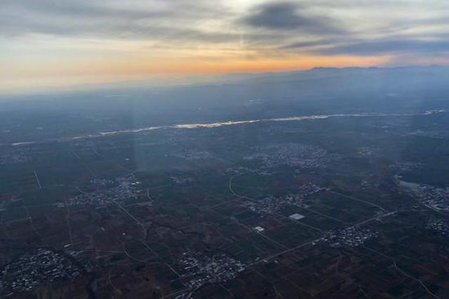 河南首批短途航线首航起飞 从郑州到南阳等地可打飞的