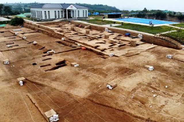 郑州双槐树遗址发现中国最早宫殿(图)