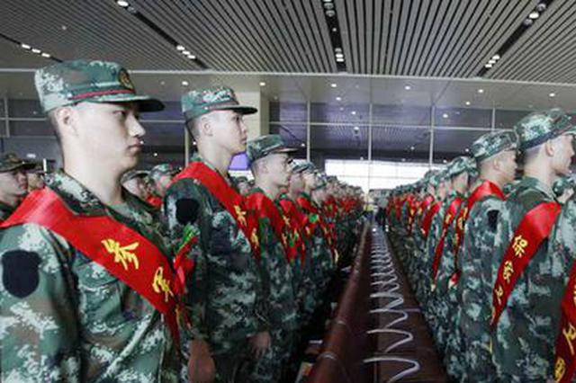 河南省6部门联合印发《通知》25项措施激励 大学生从戎报国