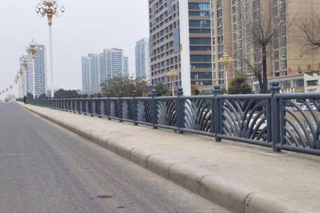 """漯河这两座大桥""""穿新衣""""迎新年(组图)"""