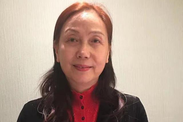 刘媛委员:建议在中小学开家长学校 定期学习