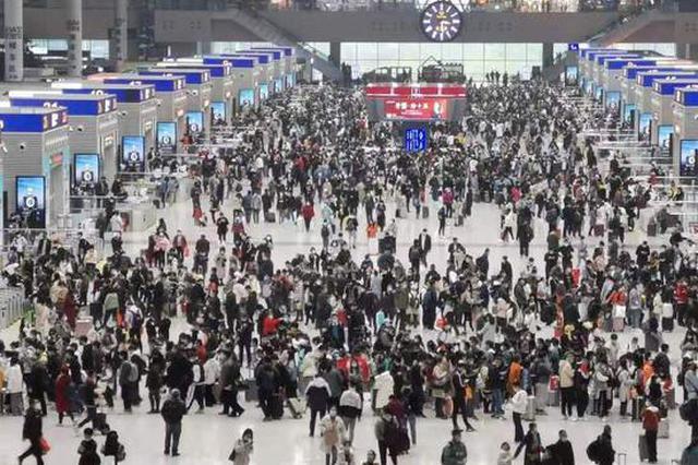 人從眾!鄭州東站、鄭州火車站迎來大客流