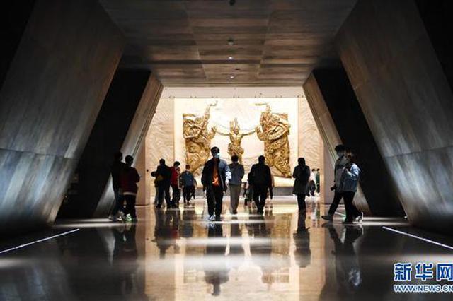 河南博物院里度假期(图)