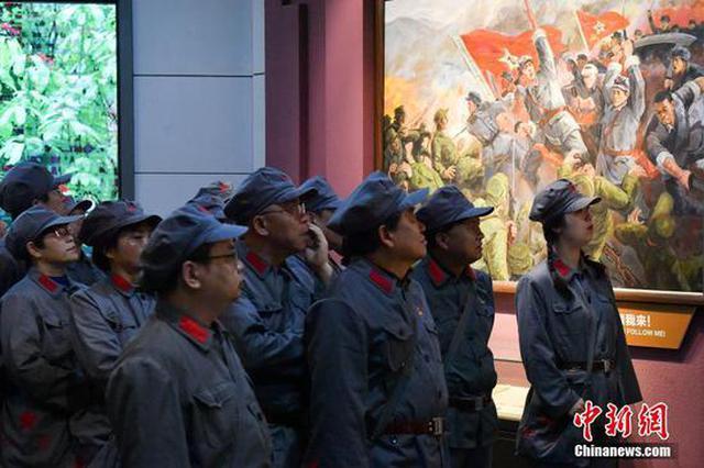 信阳新县:鄂豫皖苏区首府革命博物馆吸引参观者(图)