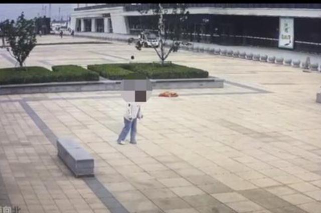 因与男友吵架 许昌一17岁女孩三天未进食晕倒高铁站