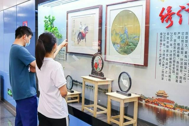 郑州地铁火上热搜!沉浸式地铁博物馆带你领略非遗文化