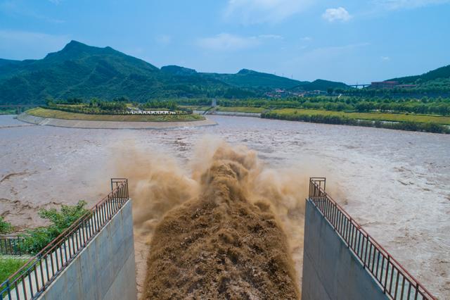 河南启动水旱灾害防御IV级应急响应 13座水库陆续预泄流量