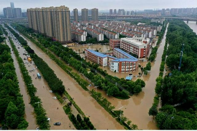 河南郑州:生活逐步恢复(图)