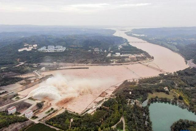 应对秋汛 黄河小浪底水库持续高水位运行