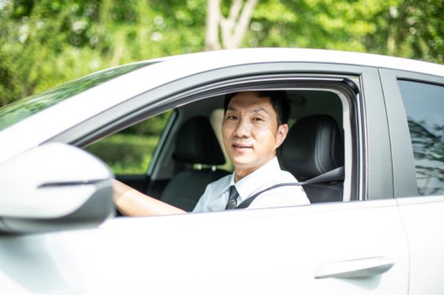 河南网约车企业达402家居全国第七 限期清退不合规网约车及驾