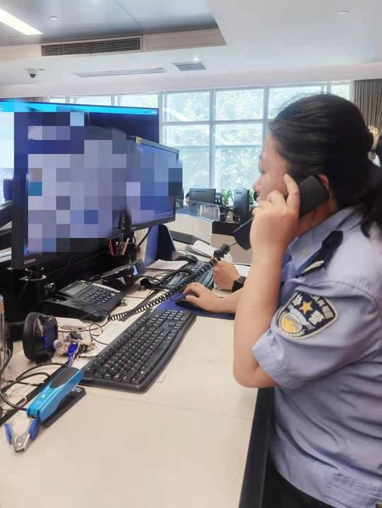 110接警员细致工作 考生顺利取回遗失准考证