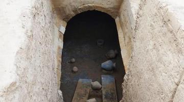 郑州城中村挖出上百座古墓